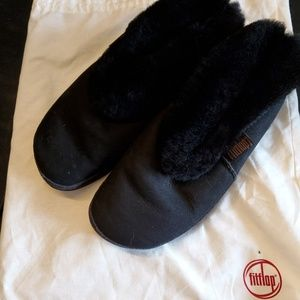 Fitflop black slippers